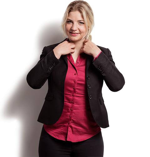 Angela van Nuland